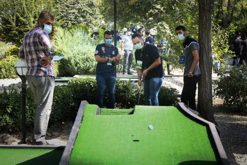 The Second Round of Mini-Golf Media Cup
